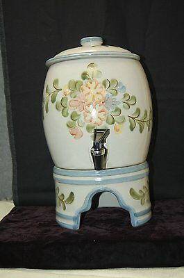 Louisville Stoneware COUNTRY FLOWER BLUE 3-Piece Samovar With Stand Set (#M4294)