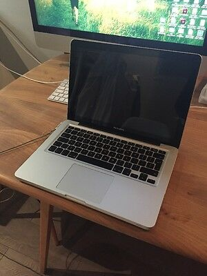 "Apple MacBook Pro 2011 13"" 2.3ghz i5 4gb Memory Ram HD OS X Good Condition"