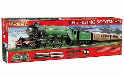 Hornby - The Flying Scotsman OO Gauge Model Train Complete Set NEW