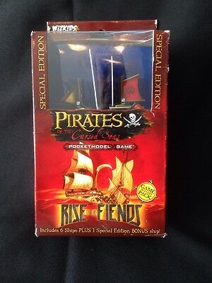 Wizkids - Pirates of the Cursed Seas Rise of the Fiends Model Game - 2008 (G7)