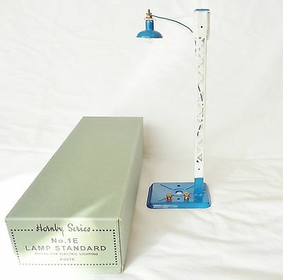 112: Boxed Hornby  O Gauge Refurrbished  Single  Electric  Lamp Standard No.1E