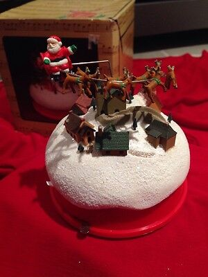 1987 Enesco Up On The House Top Santa Reindeer Motion Music Box