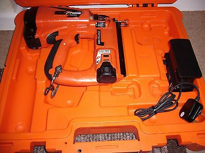 Paslode IM65 F16 Li-ion Gas Straight Brad Nailer 2nd Fix.