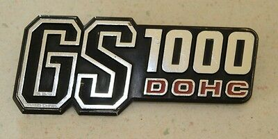 Suzuki GS1000 Standard Chain Drive '78-'79 SIDE COVER EMBLEM ~ Frame cowl badge