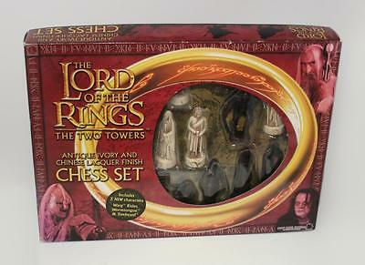 The Lord of the Rings The Two Towers Antique Ivory & Chinese Laquer Chess Set