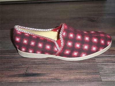 CHILDREN'S VTG 1960s RED CHECKED SLIPPERS HOUSE SHOES Sz 2 NOS