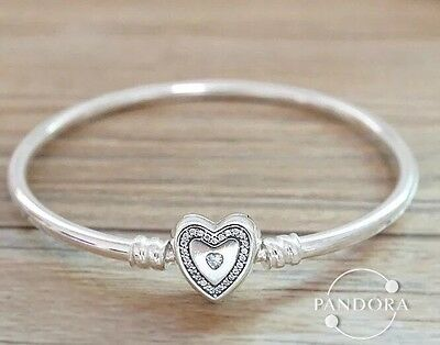 Perfect Gift Genuine Pandora Moments/Family Forever Bangle-21cm