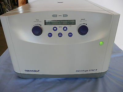 Eppendorf 5702R Centrifuge wRotor, Buckets, Vacutainers - Tested, Ref. #39303