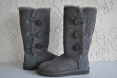 UGG Women's Bailey Button Triplet Grey Boots Size US 5 1873