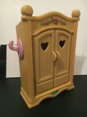 Vintage 1990s Fisher Price Briarberry bear wear toy doll wardrobe furniture