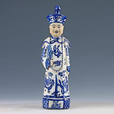 Chinese Blue & White Porcelain painted Emperor Qianlong Statue A