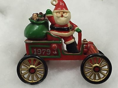 Hallmark Ornament 1979 HERE COMES SANTA 1st in SERIES