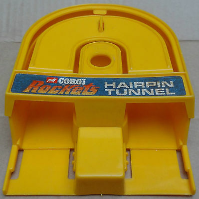 Corgi Rockets - 1971 Hairpin Tunnel with label - original track accessory