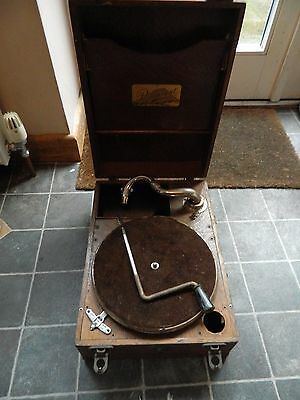 Wooden Cased Paramount   Portable Wind Up Gramophone no soundbox