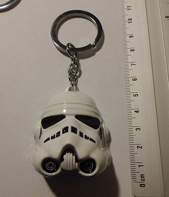 Porte-clés collection -  STAR WARS - stormtrooper  - Métal bl - neuf ///