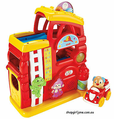 Fisher Price - Laugh & Learn - Monkey's Smart Stages Firehouse