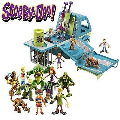 New Scooby Doo Ghostbusters Mystery Machine with 10 Mega Figure Set