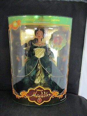 Disney's Alladin 1999 Holiday Princess Jasmine NIB