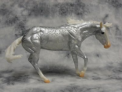 Breyer * Avalanche * 712179 Web Special Bobby Jo Silver Traditional Model Horse