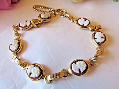 Costume Jewelry Vintage Gold Tone CAMEO Link Bracelet w/ Safety Chain