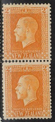 N Z SG418b, CPK2f, George Fifth 2d Yellow Twin Perf Vertical Pair, Mint