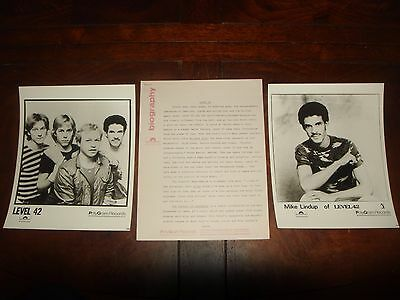 """Ultra Rare LEVEL 42 """"The Pursuit of Accidents"""" 1982 POLYDOR RECORDS PRESS KIT"""