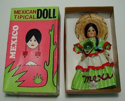 Mexican Tipical Doll in Box  Munequitas Ilusion SA Mexico Marca Reg