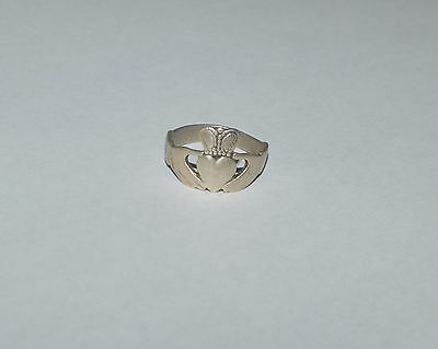 Antique Ireland Sterling Silver Claddagh Ring Size 8