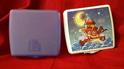 Tupperware Hinged Sandwich Keeper lot of 2 Noahs Ark Blue