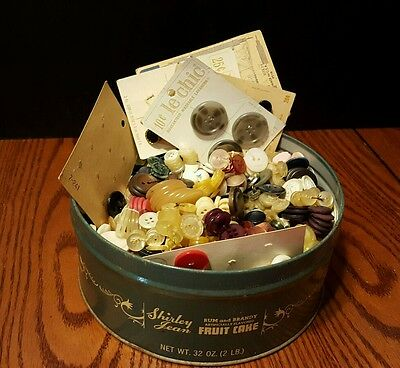 2+ lbs of vintage unknown buttons in collectible tin