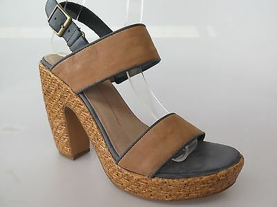 $30 Clearance - Mollini - new ladies leather sandals size 37 / 6.5 #56