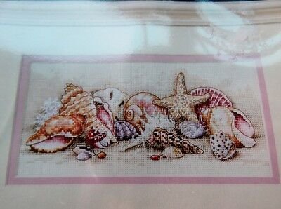 Dimensions Counted Cross Stitch Kit - Seashell Treasures Gold Collection Petites