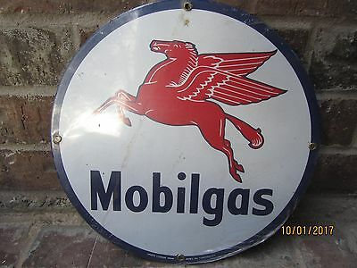Porcelain MOBILGAS with Pegasus Round Heavy Sign - Andre Rooney Collection NOS