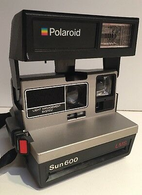 Polaroid Sun 600 LMS Instant Film Land Camera With Flash Vintage