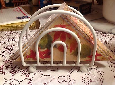 IVORY COLOR METAL NAPKIN HOLDER  EXCELLENT CONDITION. Free Ship