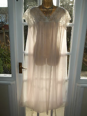 """Vtg 70s Ultra Sheer Double Layer Nylon Lacy Nightie Negligee Gown 40"""" Tall Girl"""