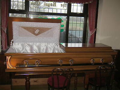 Beautiful Well Detailed Ex-Shop Display Coffin Casket-Wonderful Item.