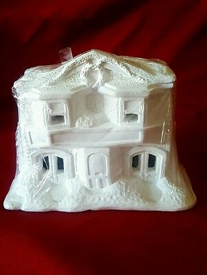 Accents Unlimited Wee Crafts Christmas  Village