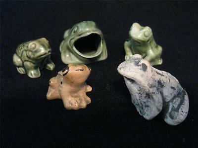 lot of 5 small FROGS