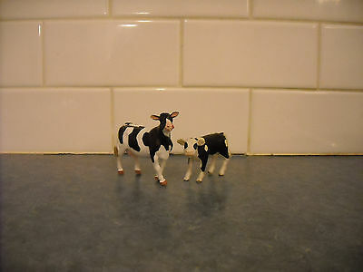 Breyer Stablemate Mini Farm Animal Holstein Cow And Papo Calf Barn Stable Lovely