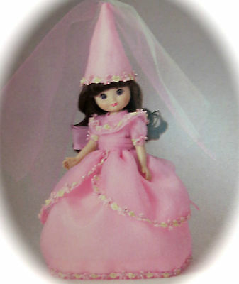 """TONNER 8 IN TINY BETSY """"Princess Betsy"""" in original box w shipper NFRB pristine"""