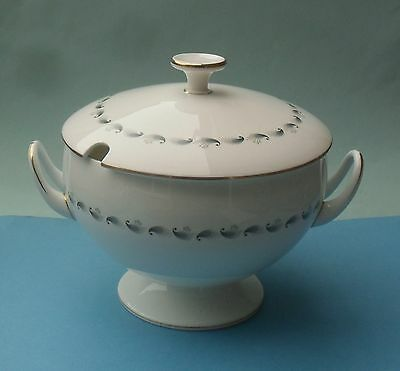 Pretty Wedgwood Stardust Covered Soup Tureen