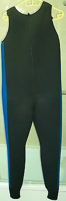 M/L SCUBA 6mm wet suit Neoprene rarely used full length 5' surfing warm wetsuit
