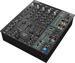 Behringer DJX750 Mixer Brand Unopenned In Box