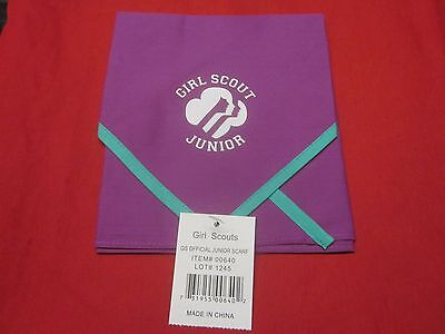 Official Junior Girl Scouts Scarf  ( New )