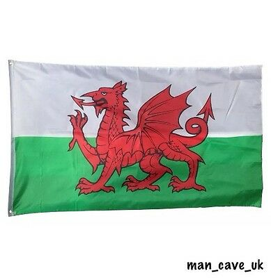 FABRIC - 5x3ft Welsh Flag - Wales Flag - Man Cave - Home Bar Decoration
