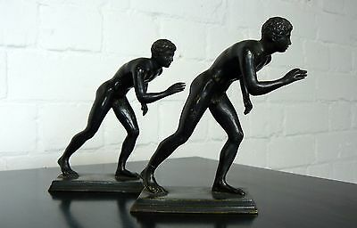 A Pair Of Desk Sized Nude Spelter Figures - Grecian Athletes