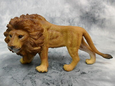 CollectA NIP * Male African Lion * #88414 Model Toy Figurine Replica