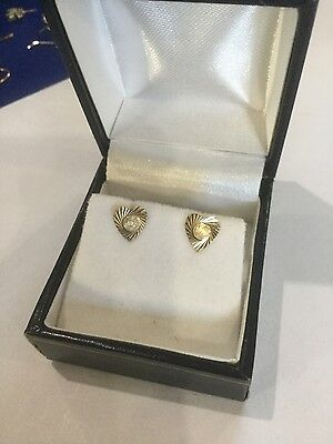 Vintage 9ct Yellow Gold Heart Shaped Studs