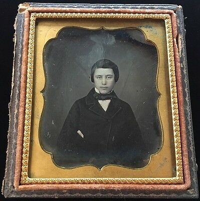 Handsome Young Man Boy Victorian Early 1/6 Plate Case Daguerreotype Photo #d97